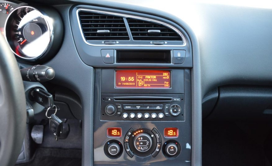 Peugeot 5008 1.6 HDi 82KW Premium 7Míst
