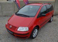 Volkswagen Sharan 2.0 i 85KW Family 7Míst