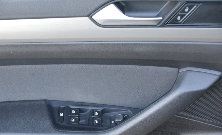 Volkswagen Passat 1.6 TDi 88KW Comfortline DPH