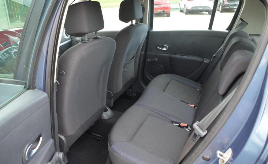 Renault Clio 1.2 i 55KW Access
