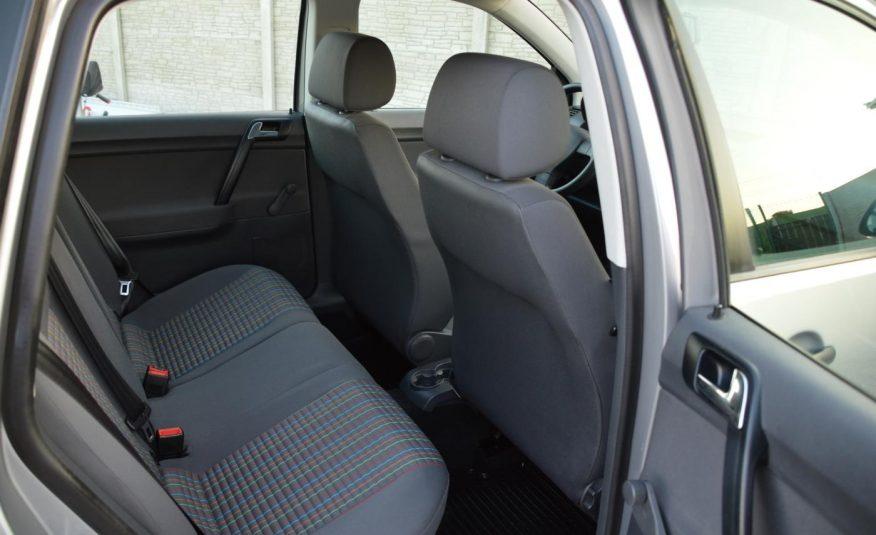 Volkswagen Polo 1.2 i 44KW Basis